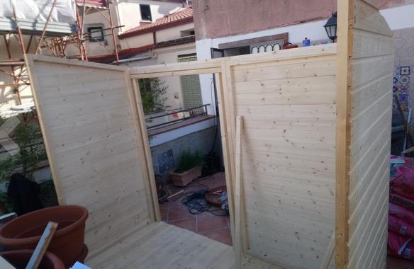 montaggio box in legno addossato a muro