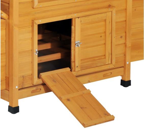 pollaio di legno con rampa di accesso porta scorrevole