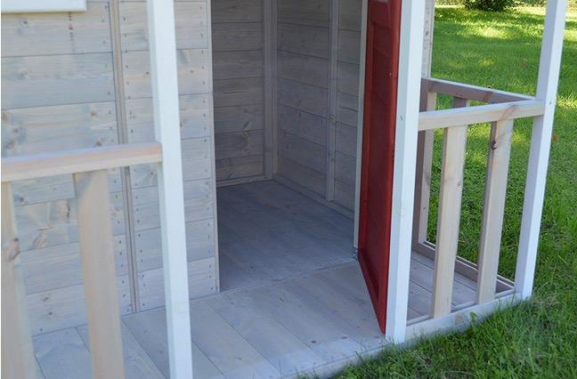 casetta in legno con pavimento base in dotazione